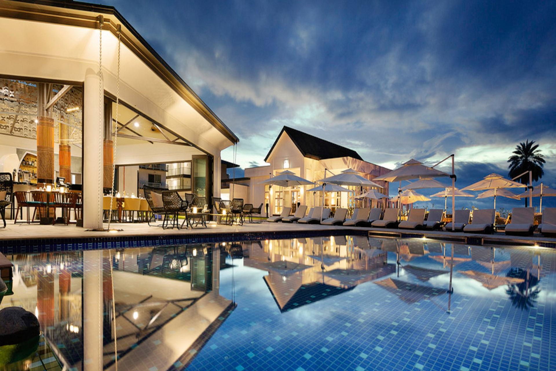 01 Hotels