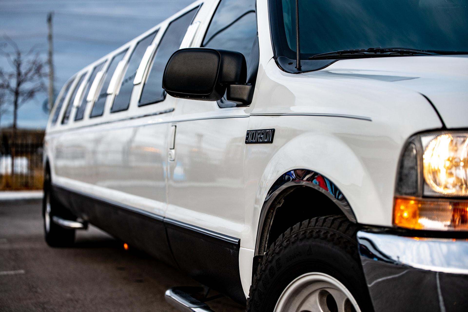 01 Limousines