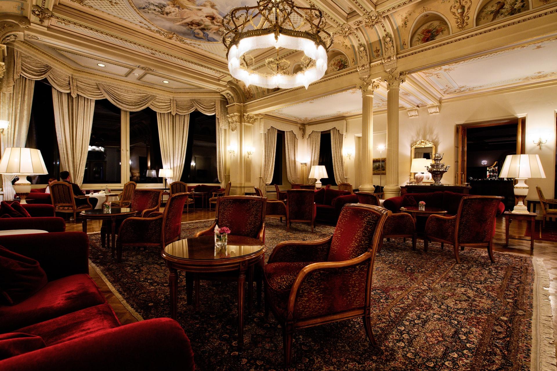 03 Luxury Apartments